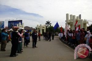 KSBSI : Buruh di Landak Belum Sejahtera