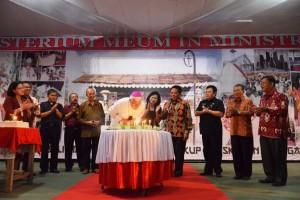 Bupati Sekadau Hadiri Perayaan Pesta Perak Uskup Sanggau