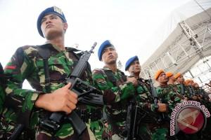 Prajurit Kodim 1202/SKW  Latihan Menembak