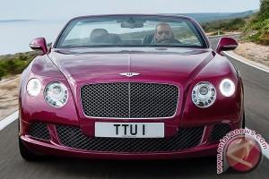 "Mobil ""Bentley Continental GT Speed"" Tembus Kecepatan 331 km/jam"