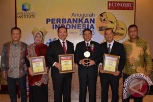 Bank Kalbar Raih Penghargaan Anugrah Perbankan Indonesia