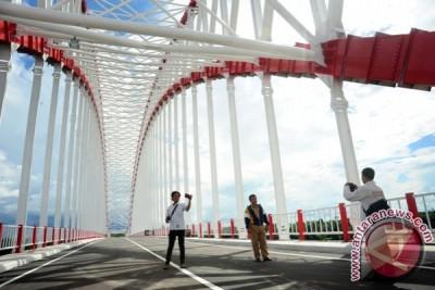 Jembatan Kapuas Tayan Ditutup Total