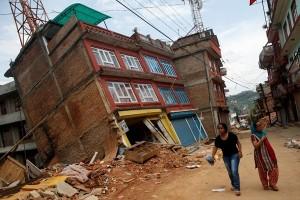 Telkom salurkan bantuan korban gempa