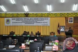 DPRD Melawi Minta Mendagri Pecat Hatta
