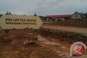 Jalan Perbatasan Kalimantan Barat Rusak Berat