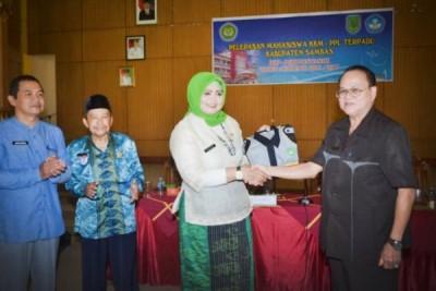 Wabup Ajak Mahasiswa KKM-PPL Kembalikan Kejayaan Sambas