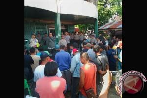 Karyawan PT FBP Demonstrasi Tuntut Pembayaran Gaji