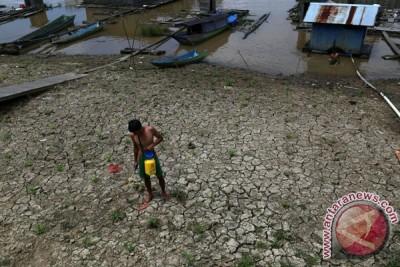 Manfaatkan Lahan Tepi Sungai Mahakam
