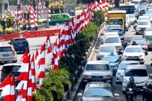 Bupati Imbau Warga Pasang Bendera Merah Putih