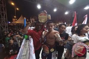 Iwan Zoda Menang KO Atas Petinju Thailand