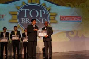Semen Gresik Raih Top Brand Award 2016