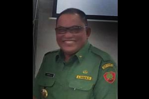 Bupati Serahkan SK Pengangkatan 327 CPNS 2010/2012