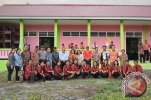 Pemkab Sanggau Revitalisasi Dua Unit SD Negeri