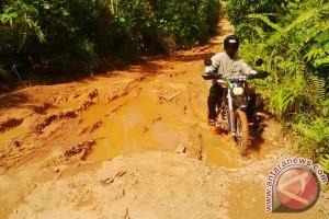 Infrastruktur Perbatasan Indonesia - Malaysia Rusak Parah