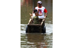 Upaya Melintasi Banjir