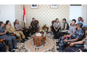 Gubernur Kalbar Sambut Kedatangan Kapolri