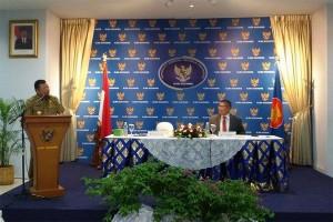 Gubernur : Perdagangan Perbatasan Butuh Regulasi Pemerintah Pusat