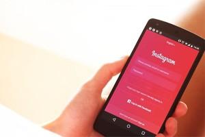 Instagram tambah lokasi dan tagar Stories di tab Explore