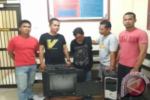 Polisi Ungkap Pencurian di Kantor Desa