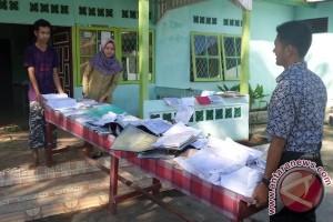 Sejumlah Dokumen Ikut Terendam Banjir