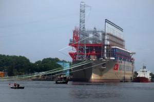 Kapal Pembangkit Listrik PLN