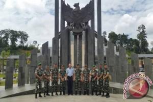 Danrem 121/ABW Kunjungi Wilayah Perbatasan