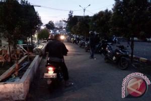 Pemudik Keluhkan Kondisi Dermaga Rasau Jaya