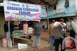Pasar Murah Di Perbatasan Indonesia - Malaysia