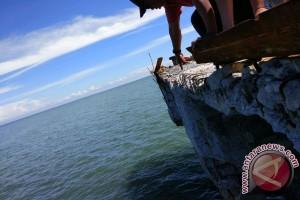 Dermaga Rusak Hambat Aktivitas Pelabuhan Kayong Utara