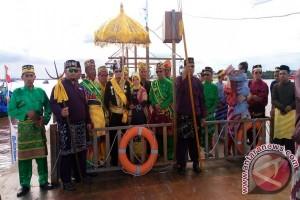 Syarif Machmud Melvin Resmi Dinobatkan Sebagai Sultan Pontianak