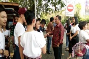 Bupati Sekadau Sambangi Kontingen Festival Budaya Borneo