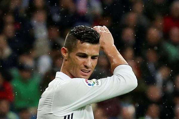 Barcelona perpanjang rekor tak terkalahkan