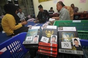 Cornelis Ingatkan Jamaah Haji Jangan Tinggalkan Paspor