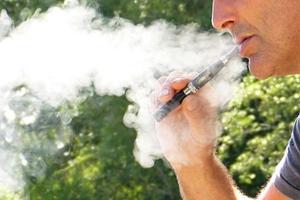 Kebiasaan Merokok Pengaruhi Kualitas Gizi Rumah Tangga