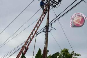 SUTM Desa Kapur Dihantam Kawat Layangan