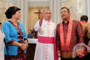Bupati Sekadau : Proficiat Umat Katolik Sintang
