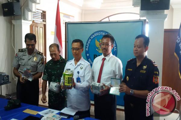 "BNN Kalbar Lumpuhkan ""Bos Besar"" Narkotika Jaringan Internasional"
