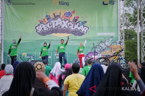 "DJP Kalbar gelar ""Spectaxcular"" kampanyekan e-filing"