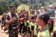 Pangdam terharu melihat masyarakat hulu Kapuas