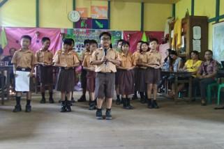 SDB Yos Sudarso Sungai Ayak Lepas Siswa/i Kelas VI