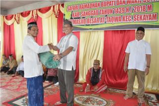 Sekda Sanggau jadikan puasa momentum berbagi
