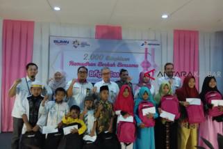 Pertamina bagikan bingkisan ramadhan pada anak yatim
