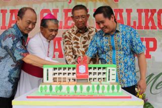 Sutarmidji resmikan gedung baru SMP Bruder Pontianak