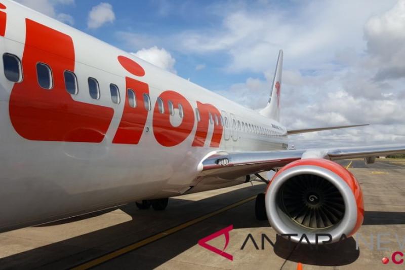 Landasan pacu Bandara Juanda amblas saat dilewati pesawat Lion