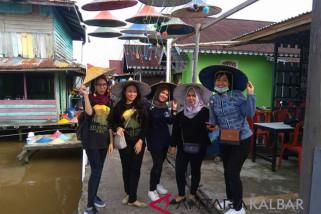 Kisah Kampung Caping Pontianak bantu ekonomi warga