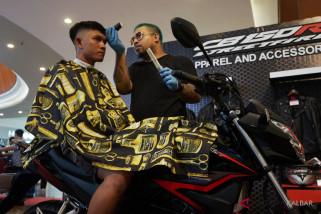 Honda Barber Ride