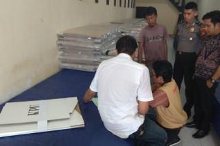 Logistik pemilu mulai tiba di Kayong Utara