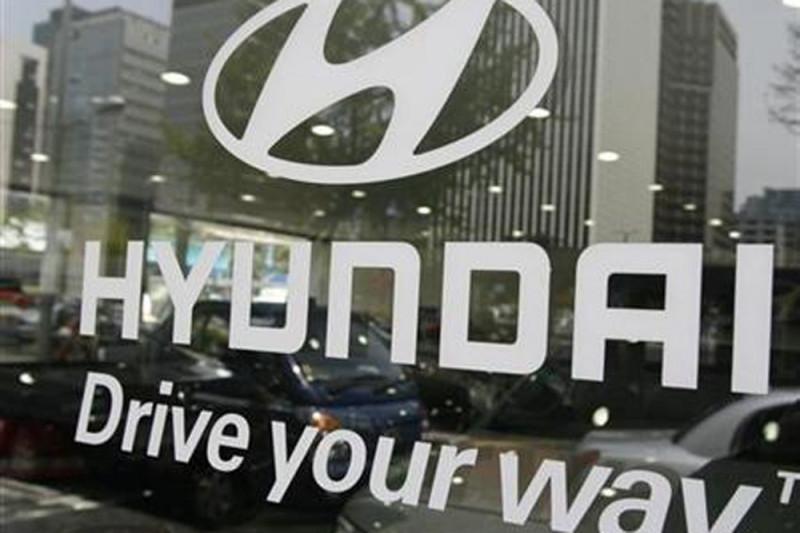 Hyundai optimis penjualan crossover Santa Fe dan  Grandeur lampaui 100.000 unit