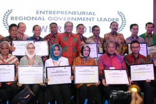 Edi Rusdi Kamtono raih entrepreneur award 2018