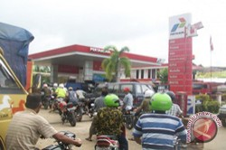 Masyarakat Kalimantan Diimbau Tidak Beli BBM Berlebihan